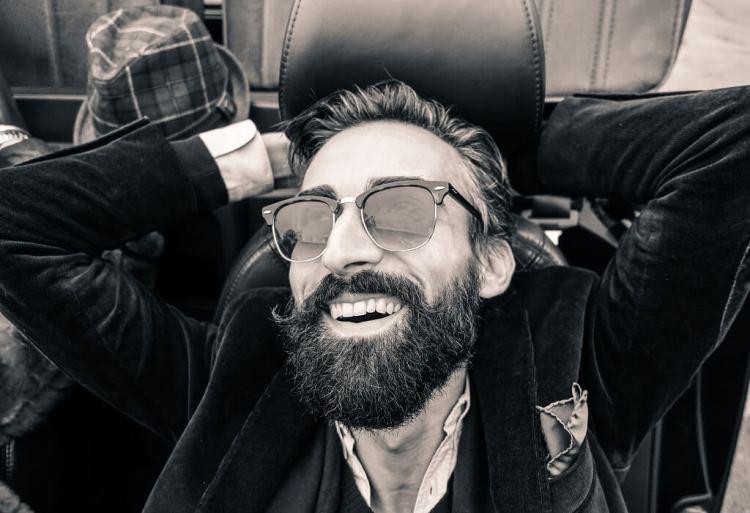 6004810d7e4b Huile à barbe   l indispensable pour arborer une barbe saine - Guide