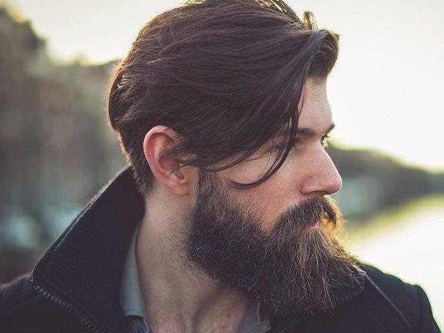 croissance de la barbe