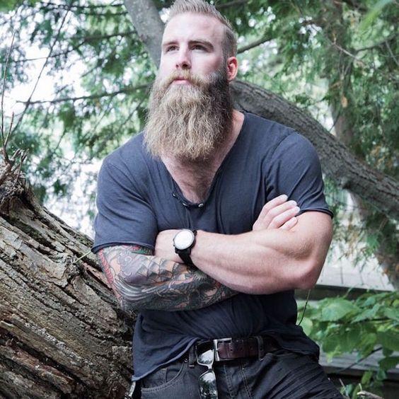 barbe arrêté de pousser